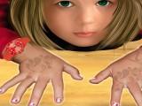 Manucure de petite fille