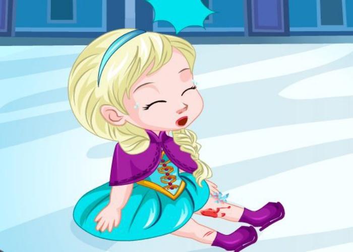 Elsa se blesse à la patinoire