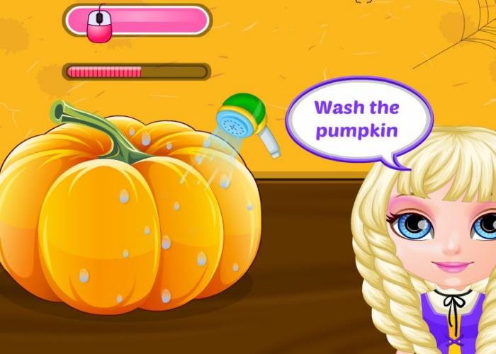 La petite fille fête Halloween