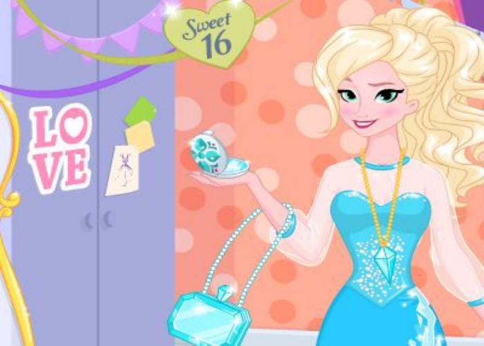 Elsa maintenant et à l'époque