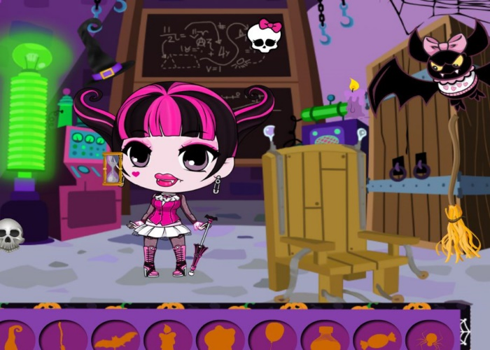 Draculaura s'amuse pour Halloween