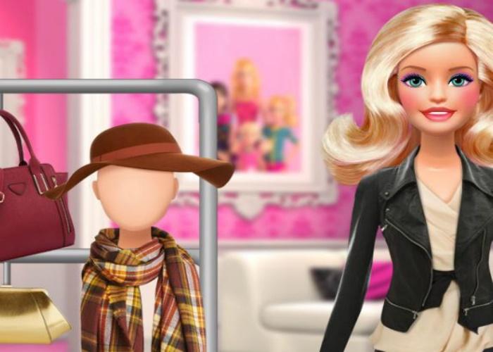 Habiller une poupée Barbie