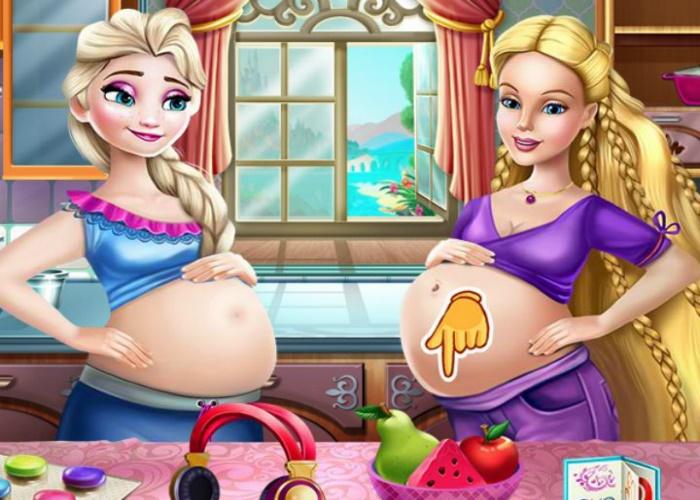 Elsa et Barbie enceintes