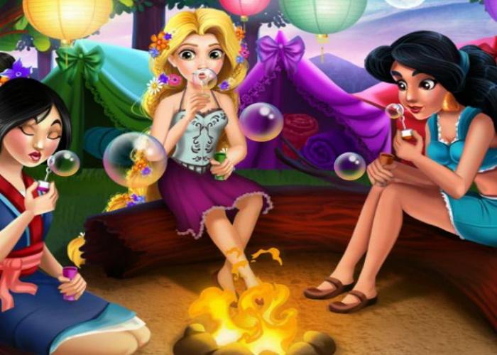 Princesses en feu de camp sur Jeux Fille Gratuit